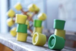 Die TensiBall Caps - Trainings-Spielzeug für Schnelligkeit, Beweglichkeit, Fingerfertigkeit,Koordination und Entspannung