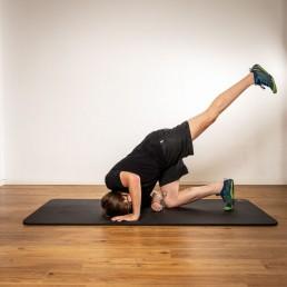 Air-Kick Rumpftraining gegen Rückenschmerzen