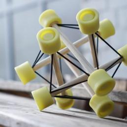 Der TensiBall - Trainings-Spielzeug für Schnelligkeit, Beweglichkeit, Fingerfertigkeit,Koordination und Entspannung