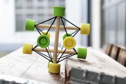 Der TensiBall -Trainings-Spielzeug für Schnelligkeit, Beweglichkeit, Fingerfertigkeit, Koordination und Entspannung